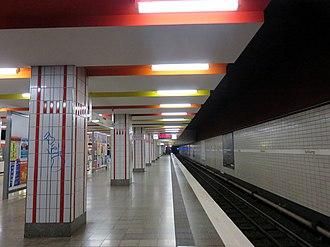Schlump (Hamburg U-Bahn station) - Image: U Bahnhof Schlump Hamburg Eimsbüttel 2