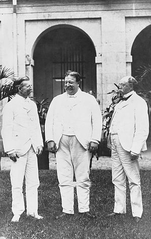 Henry Clay Ide - Image: U.S. Philippine commissioners General Luke E. Wright, William H. Taft, and Judge Henry C. Ide, standing on lawn