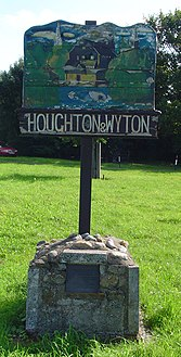 UK Houghton Wyton.jpg