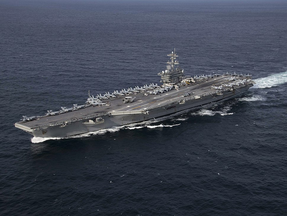 USS Abraham Lincoln (CVN-72) underway in the Atlantic Ocean on 30 January 2019 (190130-N-PW716-1312)
