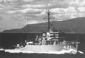 USS Agile (MSO-421) - Image: USS Agile (MSO 421) underway c 1960s