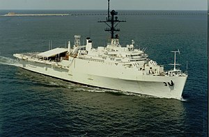 USS La Salle (AGF-3) underway in Hampton Roads, circa 1976-1986.jpg