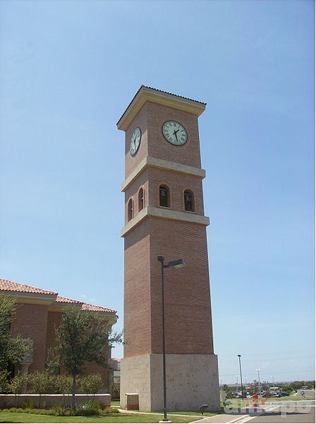 File:UTHSCSA Laredo Clock Tower.JPG