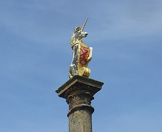Prestonpans - Royal unicorn on Preston Cross