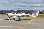 University of New South Wales (VH-UNV) Diamond Star DA-40 at Wagga Wagga Airport.jpg