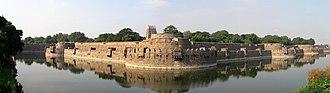 Vellore - Vellore Fort and Jalakandeswarar temple Panorama
