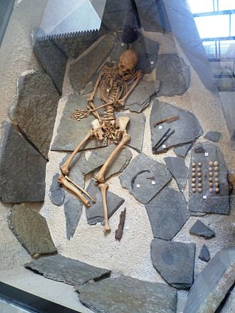History of Orkney - Viking grave from Orkney reconstructed in the National Museum of Scotland