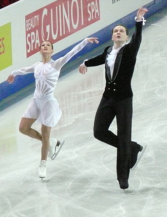 Tatiana Volosozhar - Volosozhar with Morozov at the 2007 European Championships