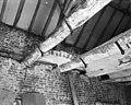 Voorburcht, paardenstal plafondconstructie - Herkenbosch - 20108867 - RCE.jpg