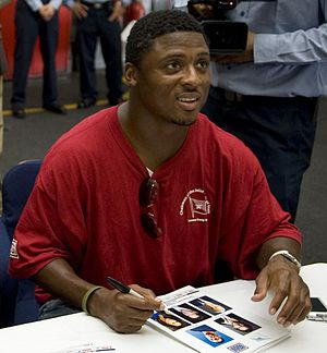 Warrick Dunn - Dunn signing autographs in 2009