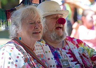 Bonnie Beecher - Jahanara Romney with husband Wavy Gravy in 2013