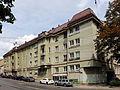 Wien-Penzing - Gemeindebau Huttengasse 2-4.jpg