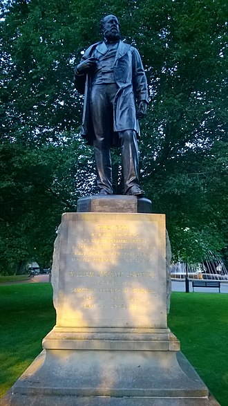 William Crowther (Australian politician) - Statue of Crowther in Franklin Square, Hobart.