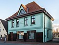 Wohn- und Geschäftshaus, Stralsunder Straße 43, Ribnitz-Damgarten (20150403-DSC04753).jpg