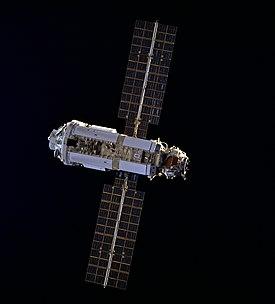 Zarya STS-88: sta. Jpg