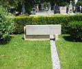 Zentralfriedhof Margarete Schütte-Lihotzky.JPG