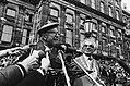 (Her) Intocht van Canadezen die Amsterdam bevrijdden Bell Irving tijdens toespr, Bestanddeelnr 930-8148.jpg