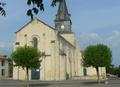 Église Saint-Romain de Curzon (vue 5 de la place de la Mairie).png