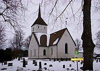 Överselö kyrka 2011.jpg