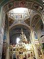 Мотрин монастир, інтер'єр храму.jpg