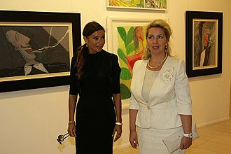 Mehriban Aliyeva - Mehriban Aliyeva and Svetlana Medvedeva visiting Museum of Modern Art in Baku.