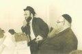 הרב שלום שבדרון מימין עם הרב שלמה שטנצל.pdf