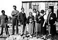משלחת חפירות בית שערים עם משפחת זייד.jpg