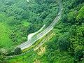 纜車上看日月潭環湖公路/SunMoon Lake Ring Rd. seen from Cable - panoramio.jpg