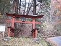 鶏冠神社の鳥居 - panoramio.jpg