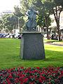 001 Monument a Pau Casals, de Josep Viladomat.jpg