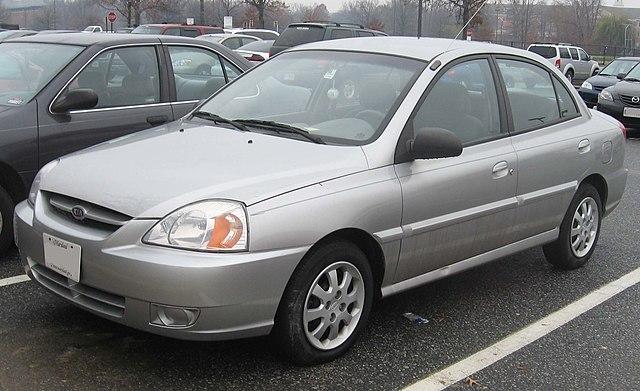 03-05 Kia Rio sedan
