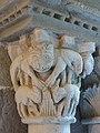 092 Monestir de Sant Benet de Bages, capitell del claustre, galeria sud.jpg