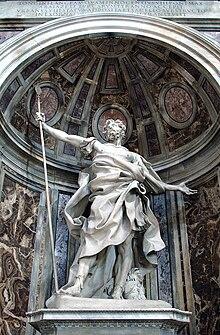 La statua del santo in Vaticano