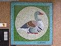 1210 Pastorstraße 5 - Stg 62 - Großfeldsiedlung - Hauszeichen-Mosaik Gans von Gerhard Wind IMG 3398.jpg