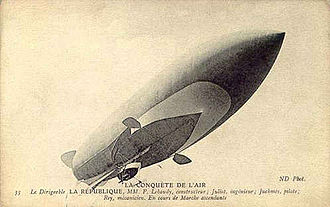 La République (airship) - The République in Moisson, June/July 1908