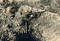 1934 Mitrailleur et pourvoyeur d'un fusil-mitrailleur Chauchat du 12A (1).jpg