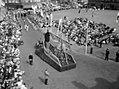 1955 Maastricht Heiligdomsvaartprocessie, Polygoonjournaalclip 06.jpg