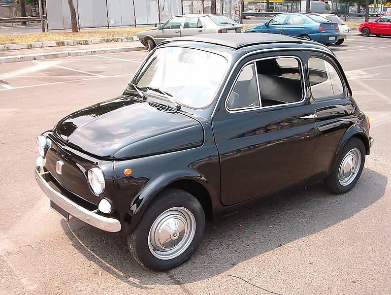 Оригинал старенький. кстати, Fiat 500... если вспомнить сколько мужиков...