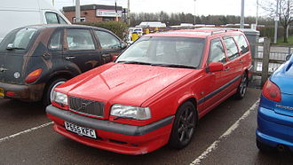 Volvo 850 - Volvo 850 R estate, England