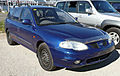 1999-2000 Hyundai Lantra (J3) SE Sportswagon 01.jpg
