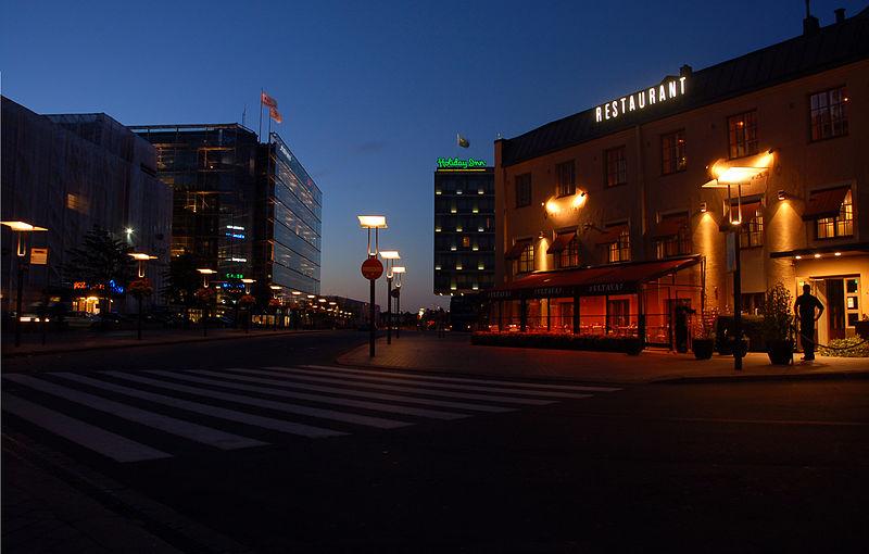 File:2009-09-19-helsinki-by-RalfR-079.jpg