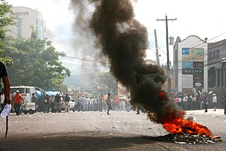 Chronology of the 2009 Honduran constitutional crisis - A small fire started during a pro-Zelaya demonstration