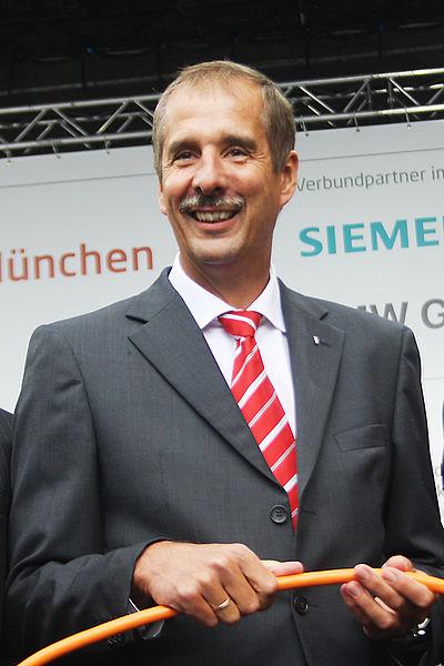 File:2010 Dr Klaus Draeger 6663-0600.jpg