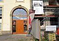 2014-04-23 Portal Herrenstall von1682 oder 1687, Alter Marstall, Hannover, daneben Infotafel Umbau Sanierung VHS Am Hohen Ufer Ada- und Theodor-Lessing-Volkshochschule.jpg