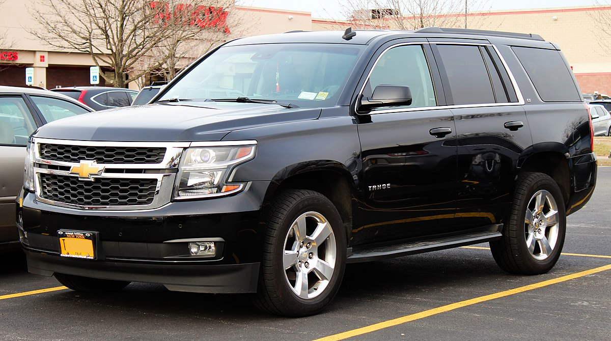 Chevy Tahoe Vs Gmc Yukon >> Chevrolet Tahoe Wikipedia