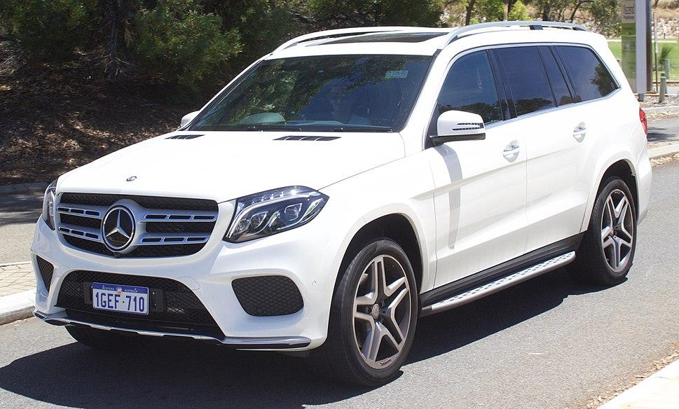 2016 Mercedes-Benz GLS 350d (X 166) 4MATIC wagon (2017-02-08) 01