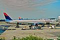 247dl - Delta Air Lines Boeing 767-432ER, N830MH@FLL,20.07.2003 - Flickr - Aero Icarus.jpg