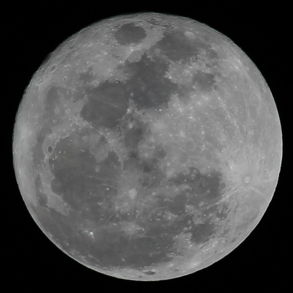 File:3-19-11-supermoon.png