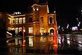 5887viki Dworzec Główny po modernizacji w ceglastym kolorze wraz z fontanną. Foto Barbara Maliszewska.jpg