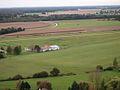 Aérodrome de Vierzon vu en montgolfière.jpg